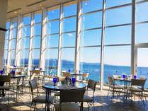 キラキラの海を眺めながらティータイム♪/テラスカフェオーゲ