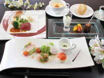 ◆期間限定 60才以上シニアプラン◆ お箸でいただける西洋会席料理を召し上がれ。
