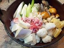 *夕食一例/ふわふわの食感!田沢湖名物「山の芋鍋」。醤油ベースのあっさり味と山芋の絡みが絶品です。