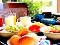 大人にも子供にも人気♪1Fレストラン「ブランヴェール」のブフェ 朝食(イメージ)