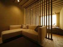 天空の露天風呂、和洋室岩戸のベットルーム