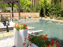【希みの湯】大露天風呂~季節の花々を愛でながらの湯あみをお楽しみください