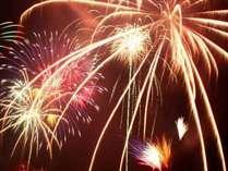 【熱海海上花火大会一例】熱海の花火をご体感なさって下さいませ