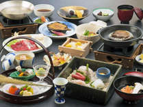 <夕食一例・月>その時の出会いの味を大切に「一客一味」でおもてなしさせて頂いております。