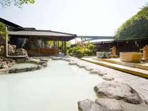 【風と歩く露天風呂】12種類の温泉をたっぷり堪能いただけます。※岩盤浴もございます