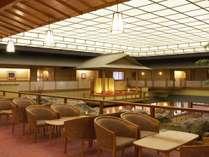 館内:3階ロビーラウンジ「翠景」(喫茶営業時間8:00~10:00)