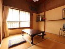 ●和室6畳●贅沢な造りではありませんがゆったりとお寛ぎ下さい。