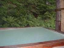 冬季間は積雪のため露天風呂は閉鎖となります。