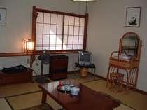 和室8畳、部屋名野菊