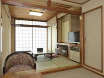 禁煙 和室6畳眺望なし和室6畳+洋間スペース バス・トイレ付*窓の外は隣の建物の壁となります