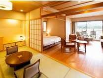 湖畔別邸 千一景 プレミアムスイート(一例):富士の全景と湖一望