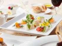 【ラプラージュ】こだわりの地元食材を使った欧風料理(一例)