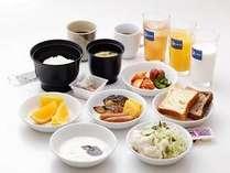 朝食はバイキング♪