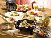 季節感あふれるお料理でおもてなし(上階GUプラン一例)
