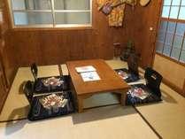 和室二室。昔ながらの沖縄家屋の特徴あるお部屋です。