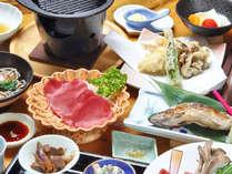 地元食材をふんだんに使用したこだわり料理。