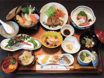 会席(一例)/薩摩の海・山の幸を使った和食会席。