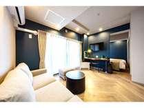 北欧(モダン)デラックスツインルーム。全室キッチン、家具、家電完備。