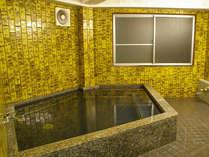 男女1箇所ずつ浴場がございます。ゆっくり疲れをお取り下さい。
