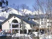 白馬三山に抱かれ佇む樅の木ホテル