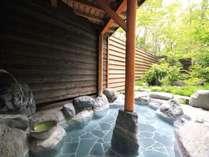 白馬八方温泉を引湯している自慢の「庄兵衛の湯」は別名「美人の湯」ともいわれる