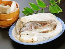 【竹take・海の幸】 新鮮な海の恵を堪能◆独自製法の鯛の塩釜焼付き 【夕部屋食】