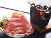 信州ブランド豚肉「みゆきポーク」は口の中でとろけるほどの柔らかさと、旨味と甘みが広がる贅沢な逸品