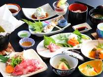 【なごみ御膳】メインが牛肉にグレードアップ!地元の食材を使っているので、身体にも優しい料理です。