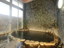 ☆【貸切岩風呂 瀬浜の湯】広めのお風呂でプライベートなひとときをどうぞ!