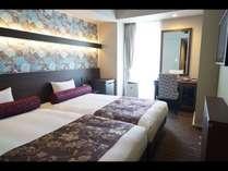 2016年新設♪122センチ幅のベッドを2台並べたハリウッドツイン。お子様の添寝も楽々。