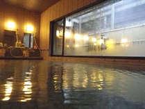 浅間温泉は、弱アルカリ性単純泉。源泉100%のお湯を、心ゆくまでご堪能ください。