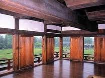 日本最古の五重六階の天守のある松本城