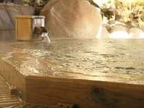 大浴場『檜の湯』檜を贅沢に使った大浴場
