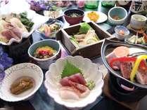 秋田の郷土料理キリタンポ鍋と秋田錦牛の陶板焼きの華彩会席