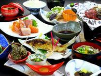 ≪夕食一例≫新鮮な川魚と信州の味覚が楽しめる自慢の料理!