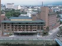 湯の川観光ホテル外観です。