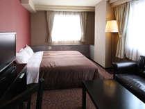 【シングルルーム】2名様までお泊り頂けます。2名様でのご宿泊は添い寝となります。