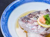 """*お夕食一例/島原名物""""鯛のかぶと蒸し""""。甘酢でさっぱりといただきます。"""