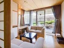 【特別室】ゆったりとしたラウンジのある 7階松風楼 露天風呂付客室