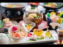 レストラン四季 春の会席イメージ