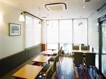 レストラン朝食無料サービス中!