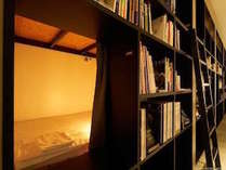 BOOK SHELF STANDARD※一室につきお一人様まで