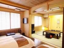 【和洋モダンルーム】定員4名様。ベッドの他に和室2名様分お布団のご用意も出来ます。