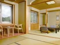 【和室12畳以上】8階にある和室10+8畳の2間タイプの客室です。ゆっくりとお寛ぎ下さい。(お部屋の一例)