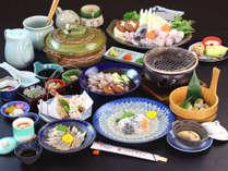 *【ふぐ松】期間限定の白子焼き、ふぐの魚醤焼きや、ふぐ刺し、ふぐ寿司など多彩な料理が並ぶコース