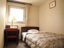 【シングルB】安く泊るならこのお部屋がおすすめ(10.5平米ベッド幅125cm)