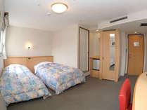 【ツインC】有線LAN♪心地よい眠りをお届けします。(20平米ベッド幅115cm×2)