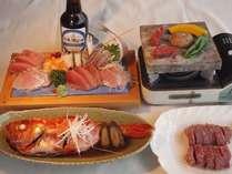 1泊2食付!!地魚の舟盛り+金目鯛の姿煮+ステーキ肉+飲み放題(生ビール)+浴衣+お土産付