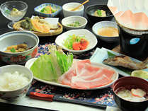 【ご夕食一例・日光HIMITSU豚】ブランド豚のしゃぶしゃぶとともに家庭的な料理をご用意致します。
