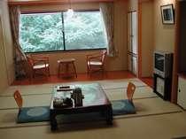 和室10帖 ご夕食はお部屋出しでご用意致します。